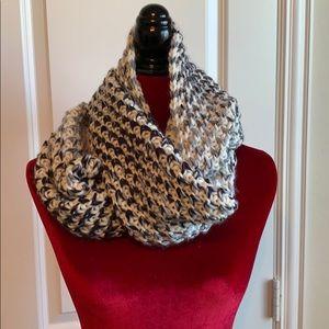 Old Navy Womens Chunky Knit Ombré Infinity Scarf